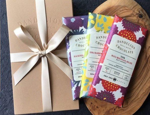 ダンデライオン・チョコレート初コラボパッケージのチョコレート