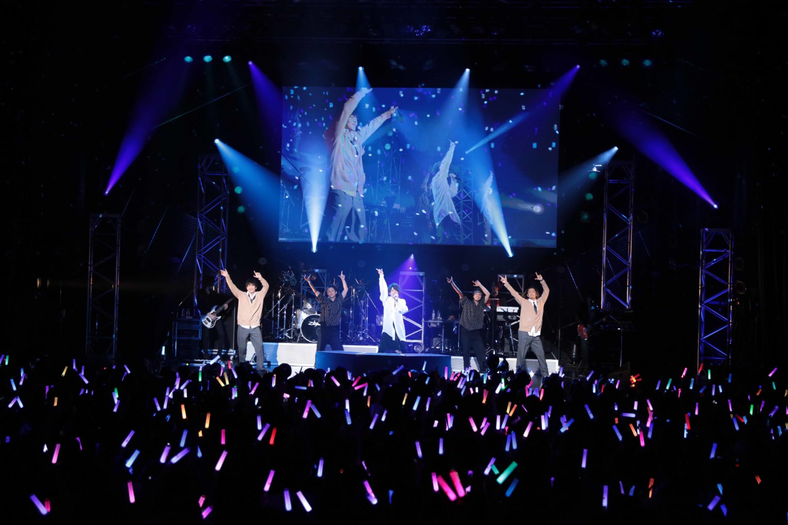 崎山つばさ『PREMIUM LIVE 2019-Flow*er-』