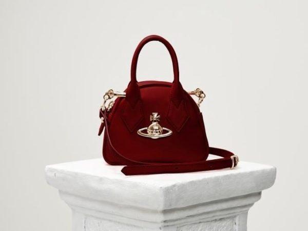 ヴィヴィアン・ウエストウッドから、新作バッグ「ミニ ヤスミン」