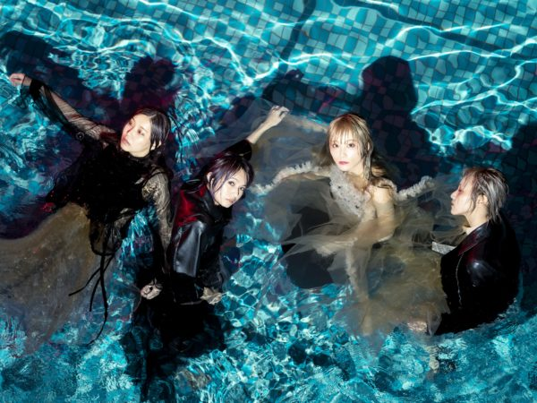 SCANDAL『Kiss from the darkness』