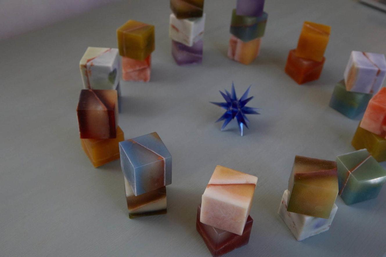 """""""星座""""をモチーフにしたキューブ型石鹸「コズミックキューブ」"""