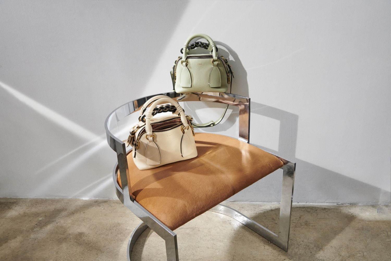 クロエのバッグ「ダリア」から、ディープなブルー&パステルカラーの新色