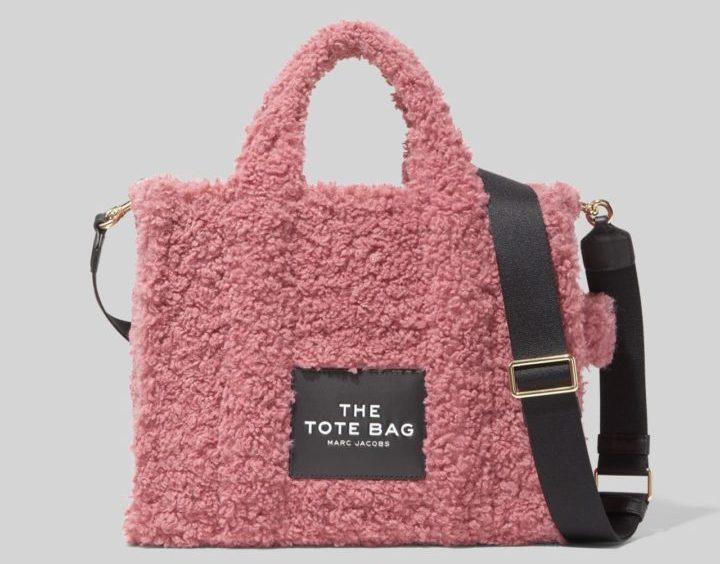 マーク ジェイコブスから、テディベアにインスパイアされた「THE TEDDY TOTE BAG」