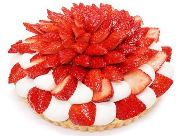 カフェコムサから、銀座店限定「あまりん」と「かおりん」を贅沢に使用したいちごケーキ