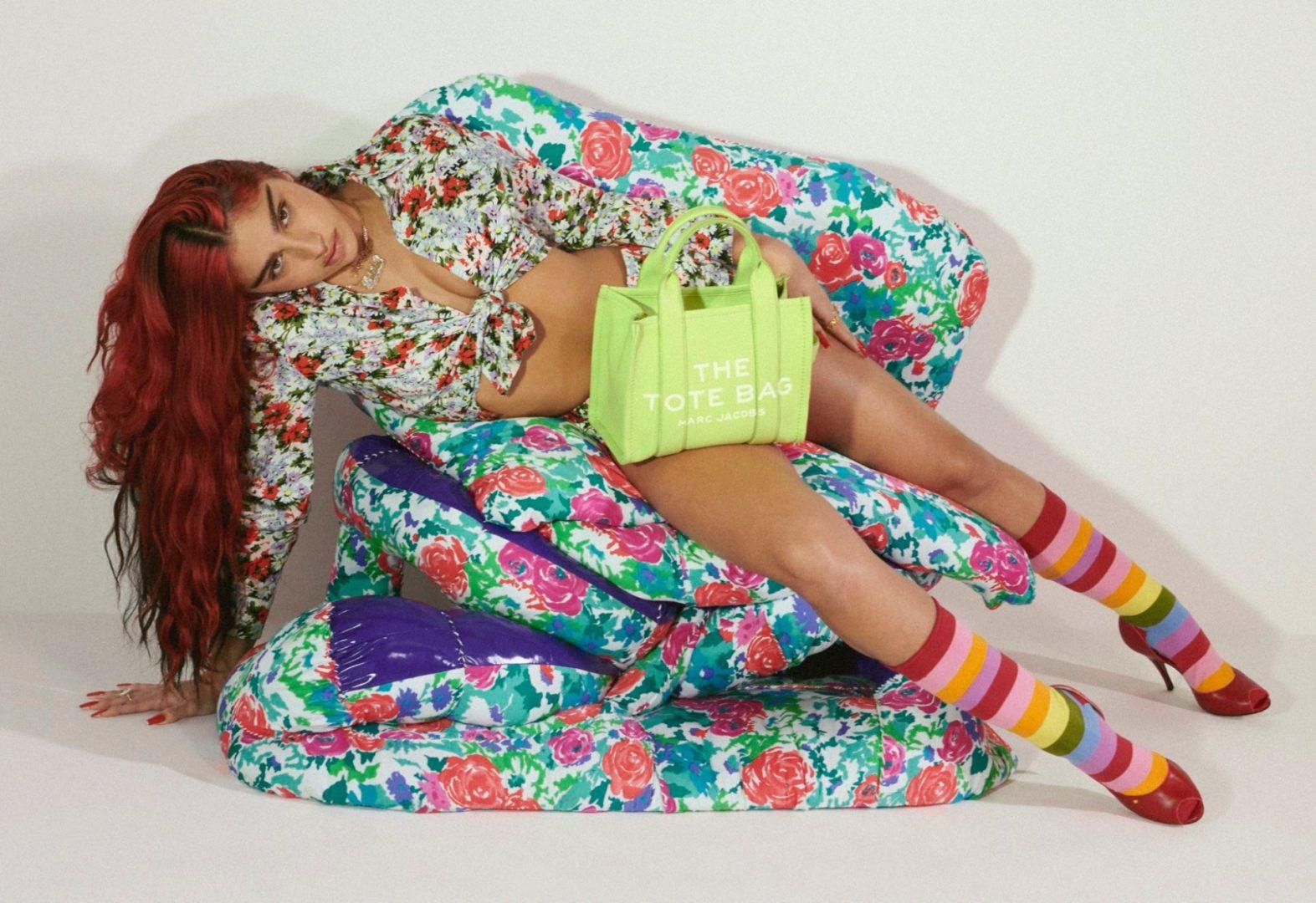 マーク ジェイコブスの2021年春夏キャンペーンにマドンナの娘ローデス・レオンが登場