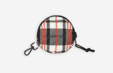 バレンシアガから、小さくたためるショッピングバッグ「バレンシアガ グローサリーショッパー」