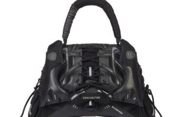 バレンシアガから、人気スニーカーとバッグを融合させた新ライン「バレンシアガ スニーカーヘッド」
