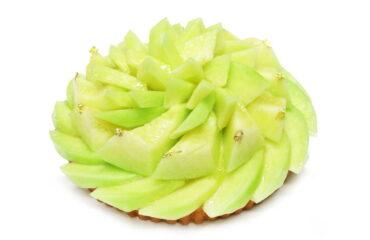 カフェコムサから、日本各地から厳選したメロンをメインにした限定メロンケーキ