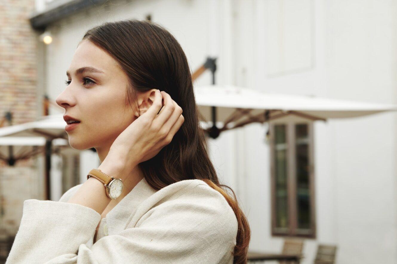 アニエスベーから、人気のメンズ&ウィメンズ腕時計「サム」の新色