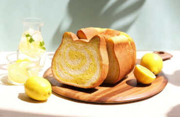 「ねこねこ食パン」から、夏限定の新作フレーバー「ねこねこ食パン〜はちみつれもん〜」