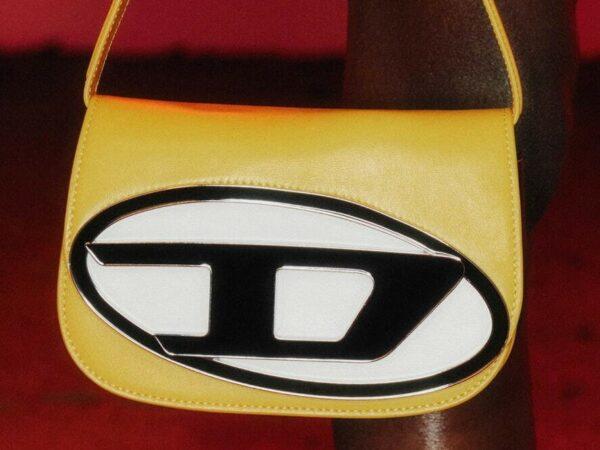 ディーゼルから、グレン・マーティンスによる新アイコンバッグ「ワンダー バッグ」