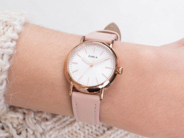 """フルラから、""""淡いピンクトーン""""の新作腕時計「フルラ イージー シェイプ」"""